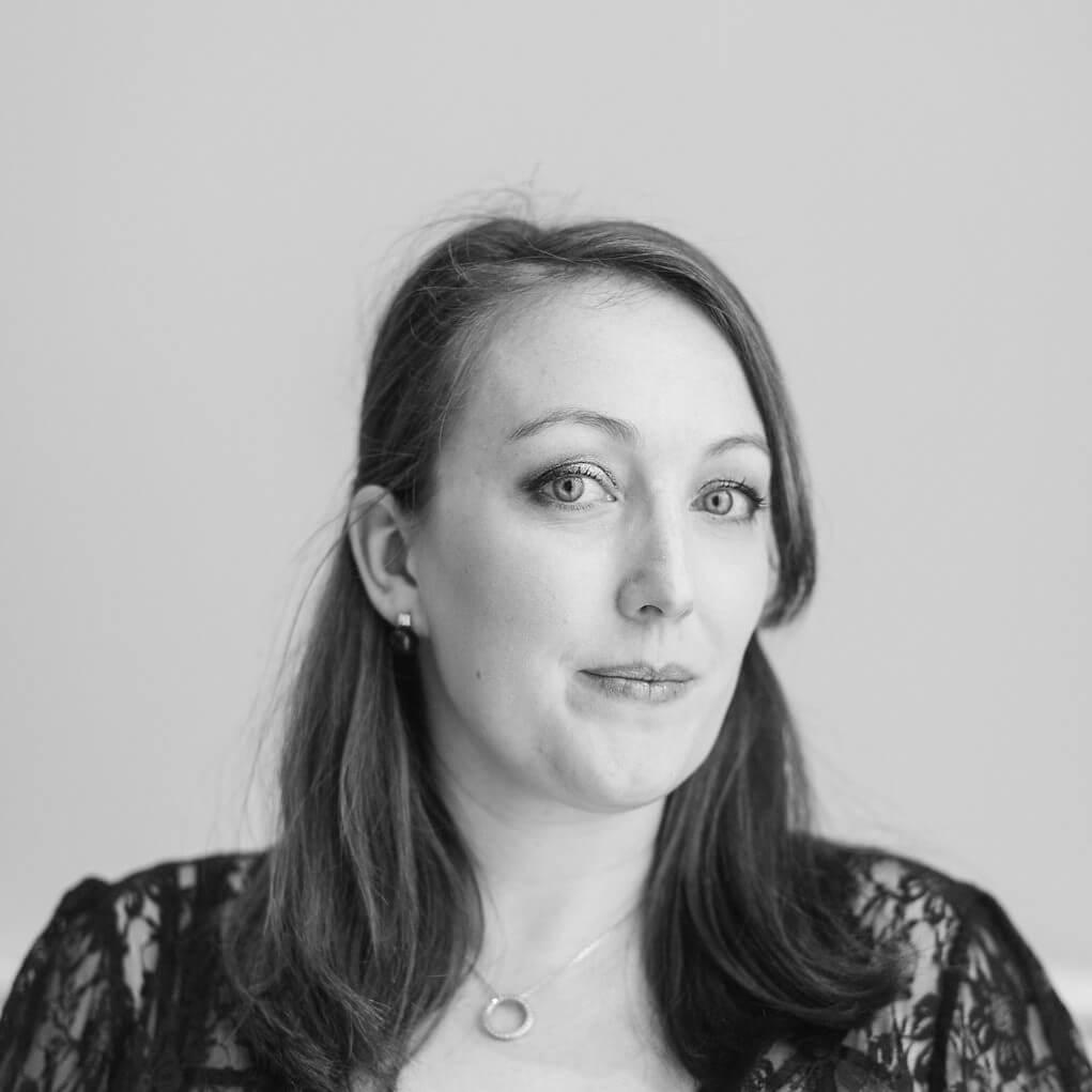 Émilie La secrétaire-assistante